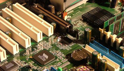 hardware ed helpdesk informatico